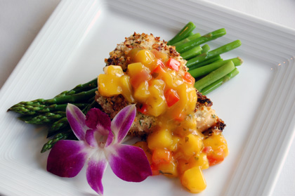 macadamia crusted fish with mango chutney Healthy Recipes: Macadamia ...